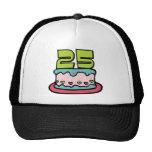 Torta de cumpleaños de 25 años gorros bordados