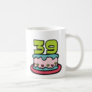 Torta de cumpleaños de 39 años tazas de café