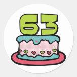Torta de cumpleaños de 63 años pegatinas redondas