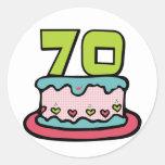 Torta de cumpleaños de 70 años etiqueta redonda