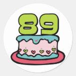 Torta de cumpleaños de 89 años pegatina redonda