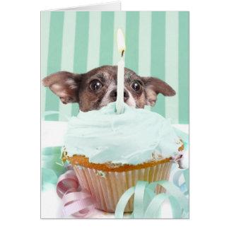 Torta de cumpleaños de la chihuahua tarjetas
