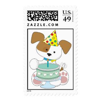 Torta de cumpleaños del perrito sellos