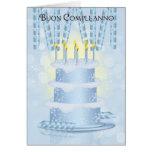 Torta de cumpleaños italiana y velas de tarjeta