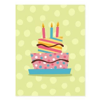 Torta de cumpleaños retra en fondo verde postales