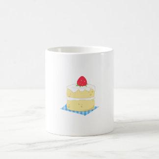 Torta de frutas de la fresa tazas de café