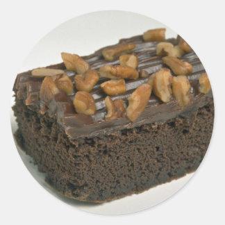 Torta del brownie del chocolate para los amantes pegatina redonda