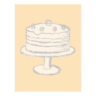 Torta del color crema en fondo beige tarjeta postal
