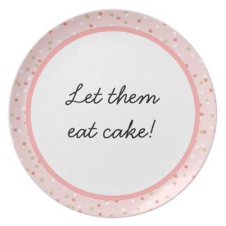Torta del confeti  • El helar rosado de Buttercrea Platos