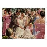 Torta del corte de los recienes casados del novio tarjeta de felicitación