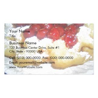 Torta del embudo con las cerezas tarjetas de visita