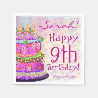"""Torta del """"feliz cumpleaños"""" del arco iris - servilleta desechable"""