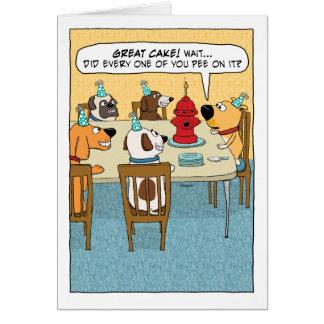 Torta divertida de la boca de incendios para el tarjeta de felicitación