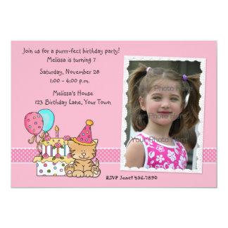 Torta, gato, globos, invitación de la foto del