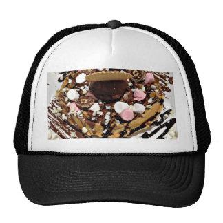 Torta personalizada de la melcocha y de chocolate gorros