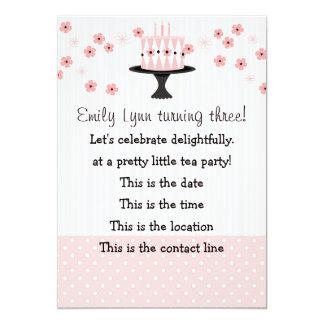 Torta rosada con 3 velas invitacion personalizada