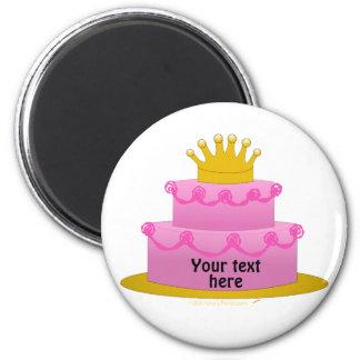 Torta rosada con cumpleaños de la corona imán redondo 5 cm
