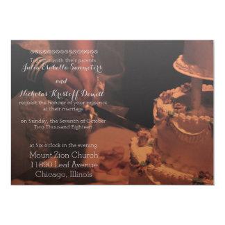 Torta y velas de encargo de la invitación del boda