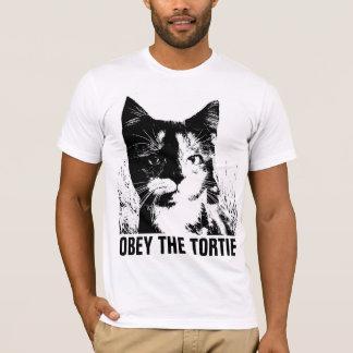 TORTOISESHELL TORTIE CAT t-shirts
