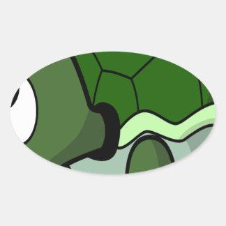 Tortuga de arrastre linda pegatina ovalada