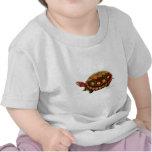 Tortuga de madera centroamericana camisetas