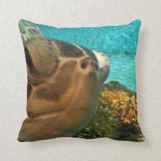 Tortuga de mar divertida Selfie Almohada