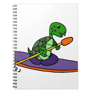 Tortuga de mar Kayaking divertida Spiral Notebooks