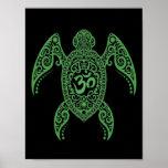 Tortuga de mar verde de OM en negro Posters