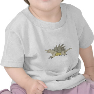 Tortuga de rotura feliz de cocodrilo camisetas