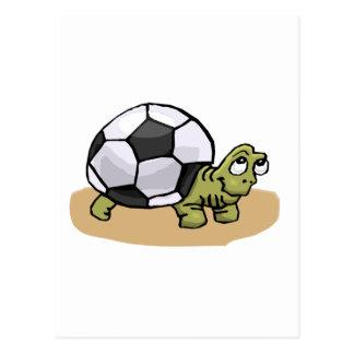 Tortuga del balón de fútbol tarjeta postal