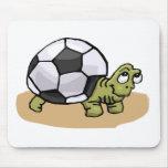 Tortuga del fútbol alfombrilla de ratón