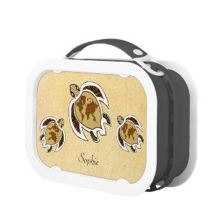 Tortuga linda del Día de la Tierra en una caja del