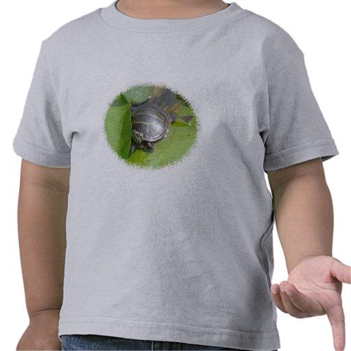 Tortuga pintada bebé en los artículos de Lilypad Camisetas