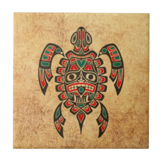 Tortuga roja y verde del vintage del Haida del alc Azulejo Cuadrado Pequeño