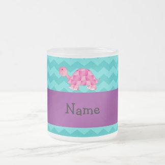 Tortuga rosada conocida personalizada tazas