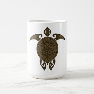 Tortuga tribal taza básica blanca