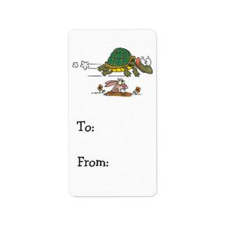 tortuga y el dibujo animado divertido de la fábula etiquetas de dirección