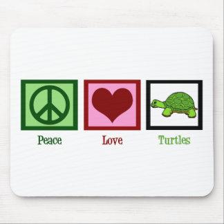 Tortugas del amor de la paz mousepad