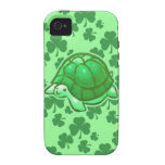 Tortugas verdes afortunadas del trébol vibe iPhone 4 fundas