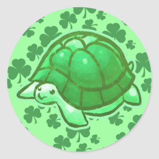 Tortugas verdes afortunadas del trébol etiqueta redonda