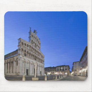 Toscana Lucca plaza San Micaela en el amanecer Alfombrilla De Ratón