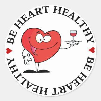 Tostada del vino rojo a la salud del corazón pegatina redonda