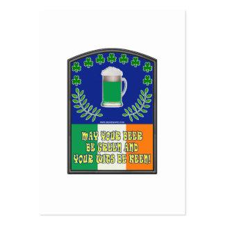 Tostada verde irlandesa de la cerveza tarjetas de negocios