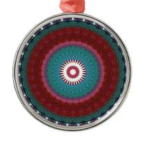 Totem colour pattern metal ornament