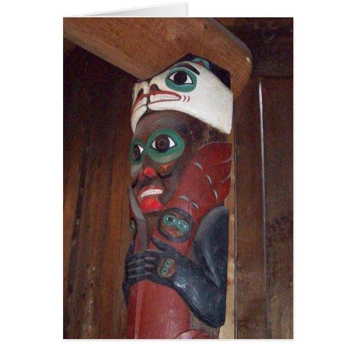 Tótem de Alaska de la casa del clan de la casa de  Tarjeton