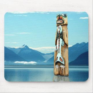 Totem Guarding Salmon Runs mousepad