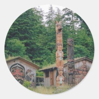 Tótemes de Alaska Pegatina Redonda