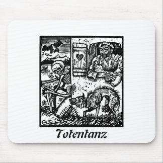 Totentanz Death Waits mouse pad