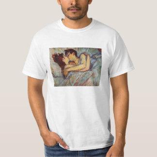 Toulouse-Lautrec en cama la camiseta del beso Camisas