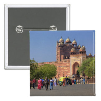 Tourists in front of Fatehpur Sikri, in the Button